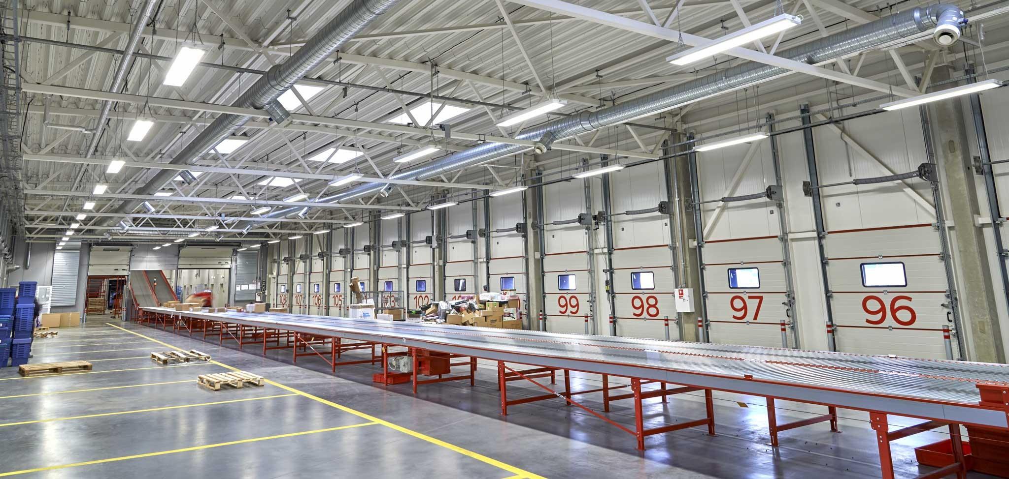 DPD Lietuva parcel sorting facility in Kaunas, Lithuania